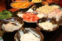 朝食バイキング新鮮野菜