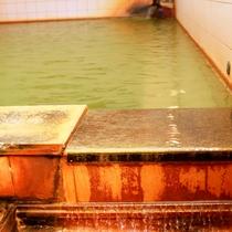 100%の源泉を贅沢に掛け流し!自慢の天然温泉「北志賀温泉」