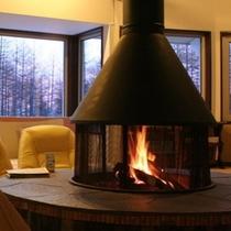 暖炉の部屋
