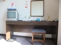 シングルの机2