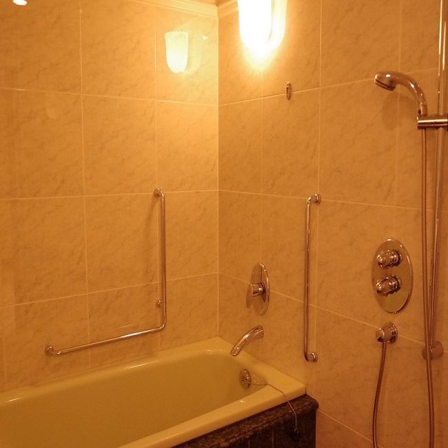 【スイートルーム(917号室)バスルーム】