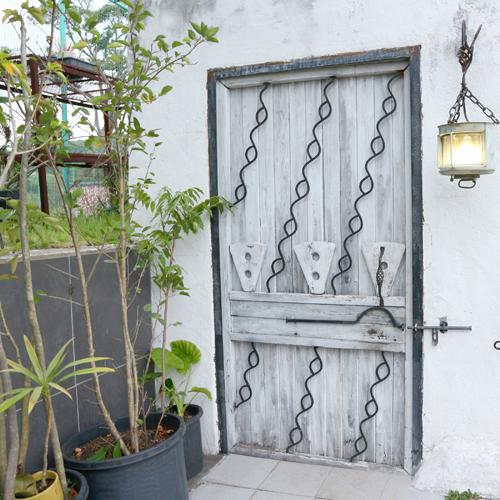 *無料貸切ジャングル風呂/お洒落な扉の向こうは自分達だけの空間