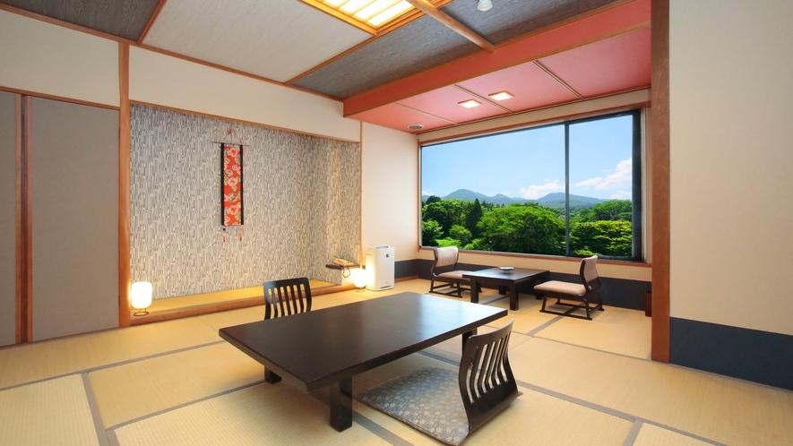 眺望客室(バス・トイレ付き12畳)榛名山川