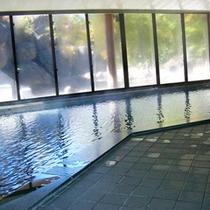 *大浴場一例/24時間入浴可能、お肌がすべすべになる天然温泉を100%掛け流し!