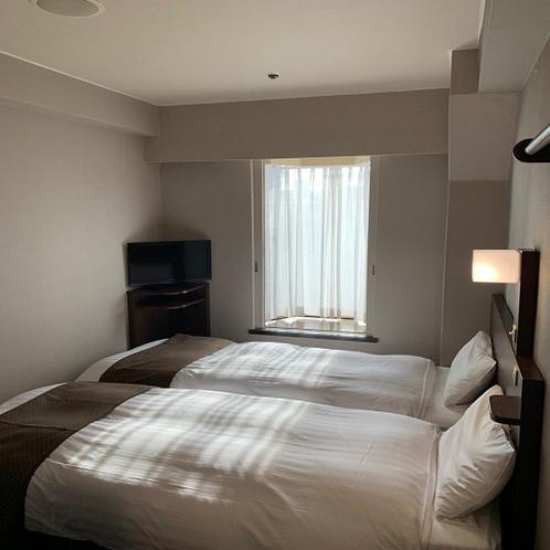◆ハリウッドツインルーム 13㎡ ベッドサイズ80cm×200cm×2台