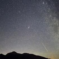 アンドロメダ銀河と天の川と流星と八ヶ岳★