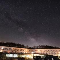 ★八ヶ岳グレイスホテルと夏の天の川★