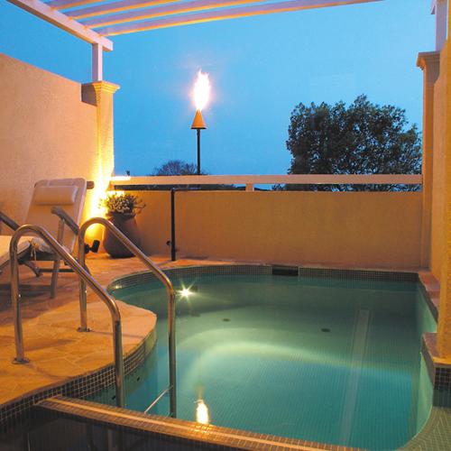 ■地中海スイート23号室[テラス露天風呂プール2]