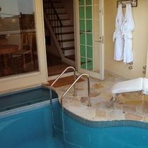 ■地中海スイート23号室[テラス露天風呂&プール1]