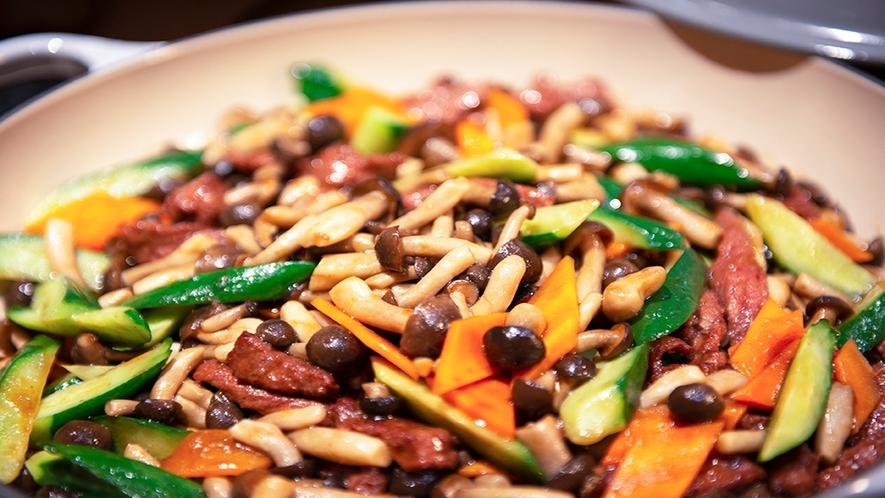 【和洋中バイキング(夕食)】中華料理一例