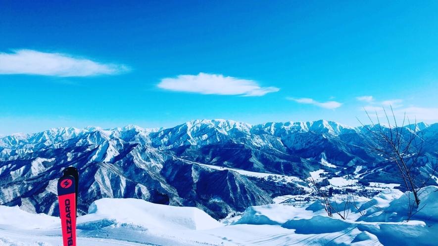 湯沢高原山頂からの冬景色