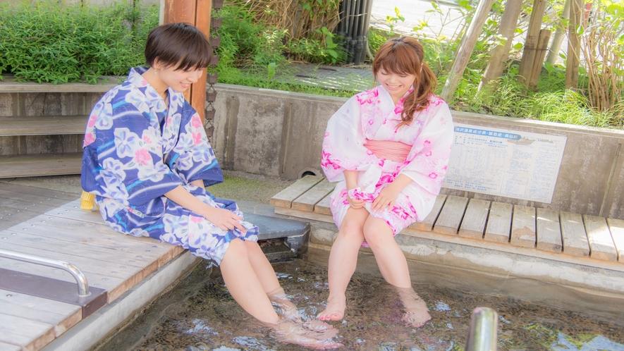 温泉通り 足湯