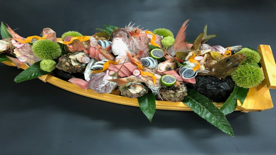 【別注料理:舟盛り】