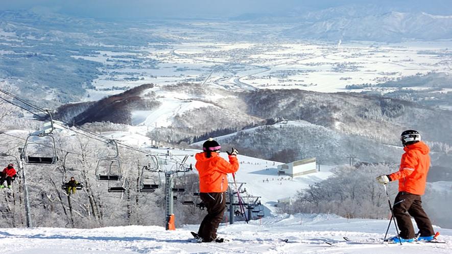 GALA湯沢スキー場山頂より