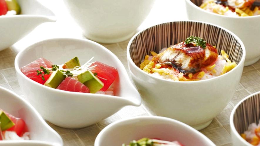 伊良湖の魚処『本日のお寿司』中トロとアボガド寿司、うなぎのちらし寿司