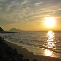 三河湾に沈む夕日