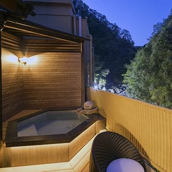 露天風呂付特別室   山水 和室+ツインベットルーム