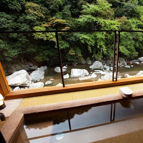 2階貸切風呂~曲水の湯~半露天風呂~
