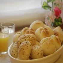 ◆ヨーロッパ直輸入パン◆トースターで約1分焼き目をつけたら芳醇な香りが・・・