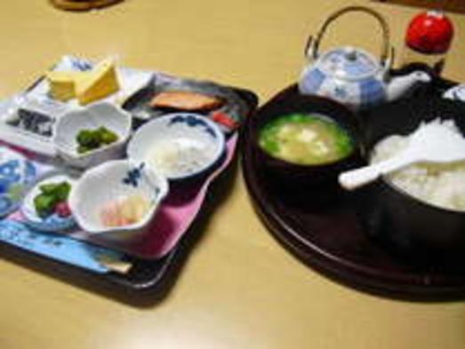 <一泊朝食付き>夕食は食べてからIN、朝は名水炊きのご飯で元気な一日を(^^♪