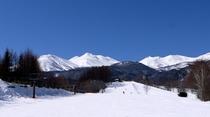 晴天のスキー場