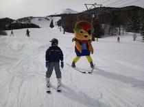 さんぞくっくとスキー