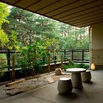 新館鳳凰客室 月見庭園/一例