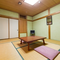 *【部屋/和室一例】お部屋ではインターネットを無料で接続することができるので安心です。