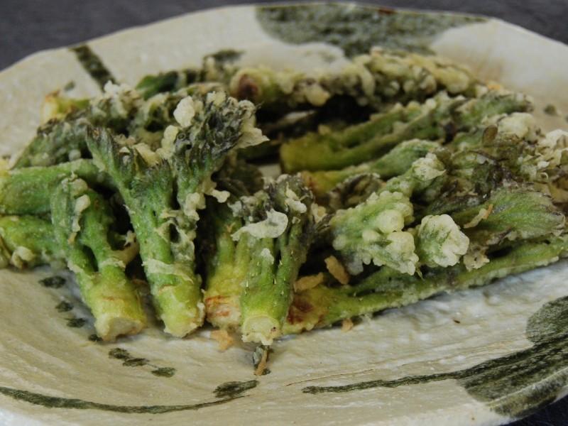 山菜の王様「タラの芽の天ぷら」