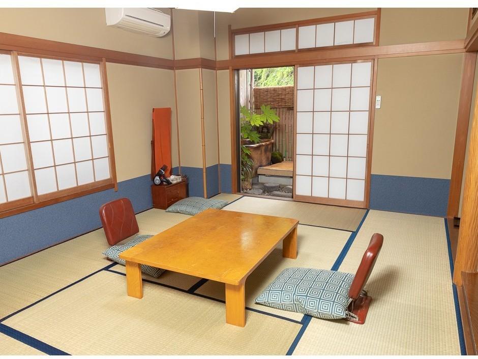 ♪陶器の露天風呂付き客室