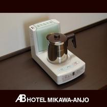 [加湿器付き電磁サーバー] 乾燥する際は、加湿器をご利用下さい。