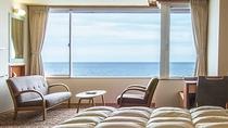 *スタンダードツイン(禁煙)/ゆとりある33平米のお部屋。大きな窓からは海が一望できます。