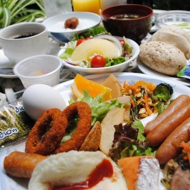 【2食付き】定食の夕食・バイキング朝食のついたリーズナブルな2食プラン