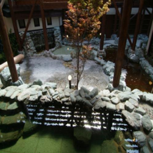 ◆露天風呂(高台より)◆