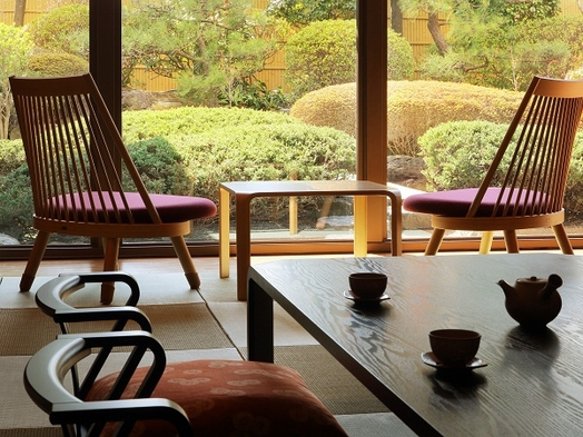【33周年記念!】【和室で愉しむ〜日本料理〜駐車場無料の特典付】ホテル満喫おこもりプラン<2食付>