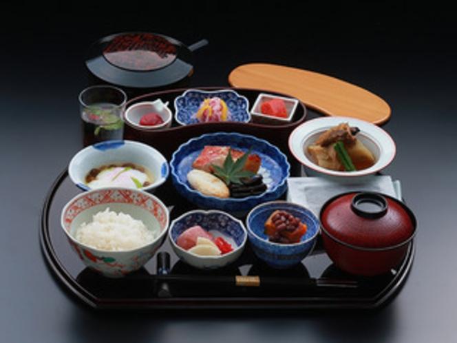 日本料理はや瀬 朝定食
