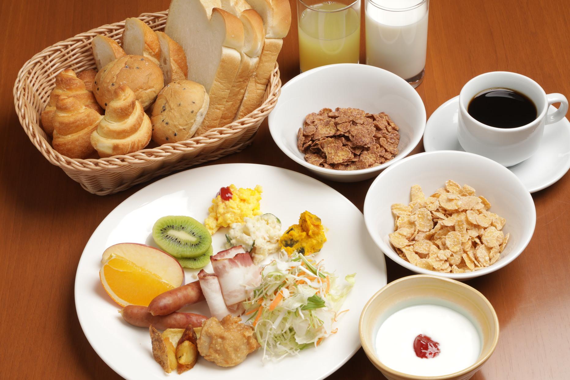 朝食一例洋