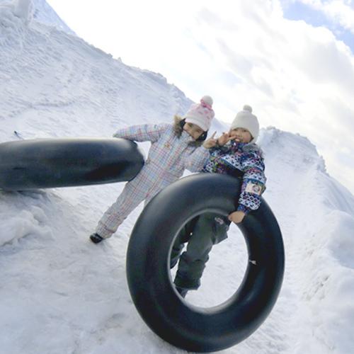 雪遊びすべり台