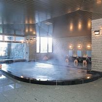● 下呂温泉 ● サウナや水風呂・檜に露天・打たせ湯など思い思いの時間をお過ごしいただけます。