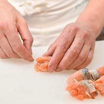⇒繊細 細部にまで拘り、お客様にご満足頂く料理を提供