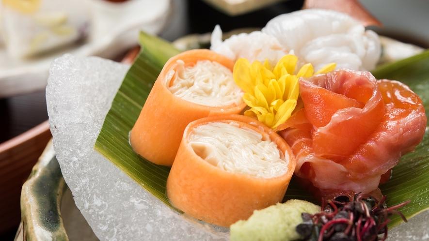 *⇒楽しみ 見た目にもこだわったお食事でSNSにも映えます。