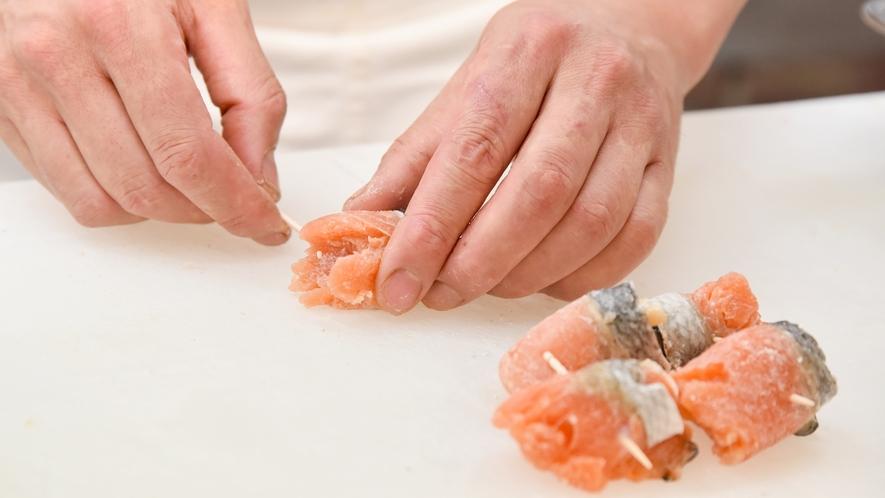 *⇒繊細 細部にまで拘り、お客様にご満足頂く料理を提供