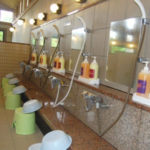 【洗い場】リンスインシャンプーとボディソープをご用意しております