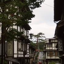 ・草津温泉街