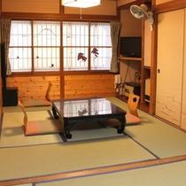 6畳2間客室一例
