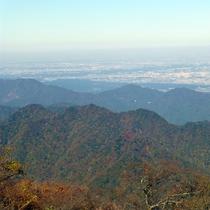 *【大山山頂からの景色/一例】山頂でしか体験できない開放感でいっぱい!
