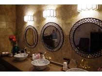 ★ 女性浴室パウダールーム2