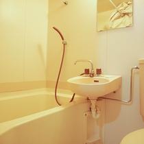 *[別館客室一例]別館8畳のお部屋には全てユニットバス付き。