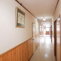 *[別館]別館は平屋造りに5室の客室が並んでいます。