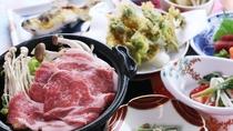 ■【ご夕食一例】色とりどりの和食膳は厳選された旬の食材を使用しています。
